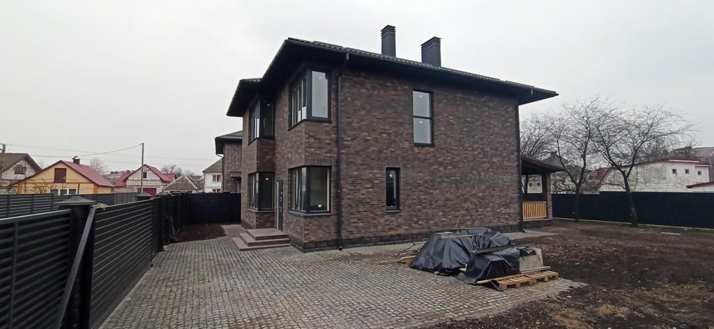 Новий котедж 200 м2 в 1,5 км від Києва – Софіївська Борщагівка