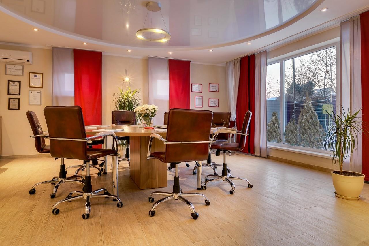 Продаж будинку чи офісу з авторським ремонтом та меблями 499 кв.м. Софіївська Борщагівка