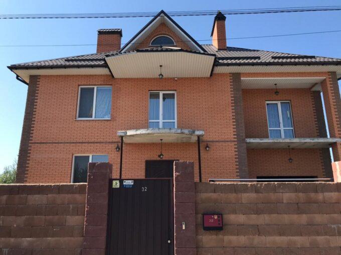 Двоповерховий будинок 270 м.кв. по вулиці Одеській, Петропавлівська Борщагівка