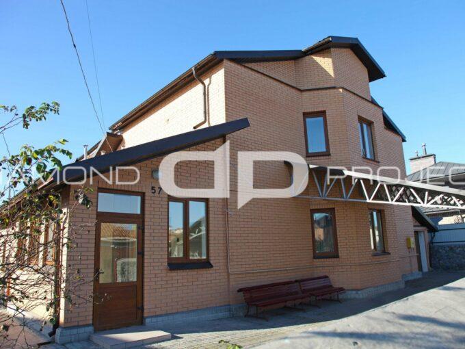 Будинок 221 м2 з ремонтом на ділянці 10 сот в Софіївській Борщагівці